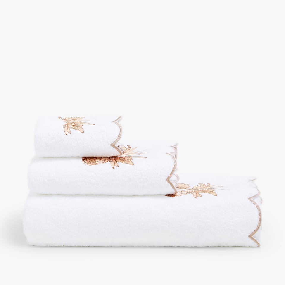 COTTON TOWEL WITH FLORAL EMBROIDERY
