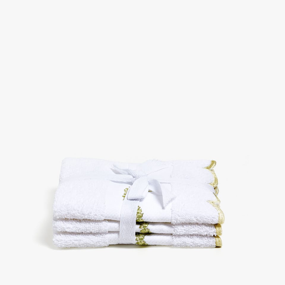 COTTON TOWEL WITH LEAF DETAIL (SET OF 3)