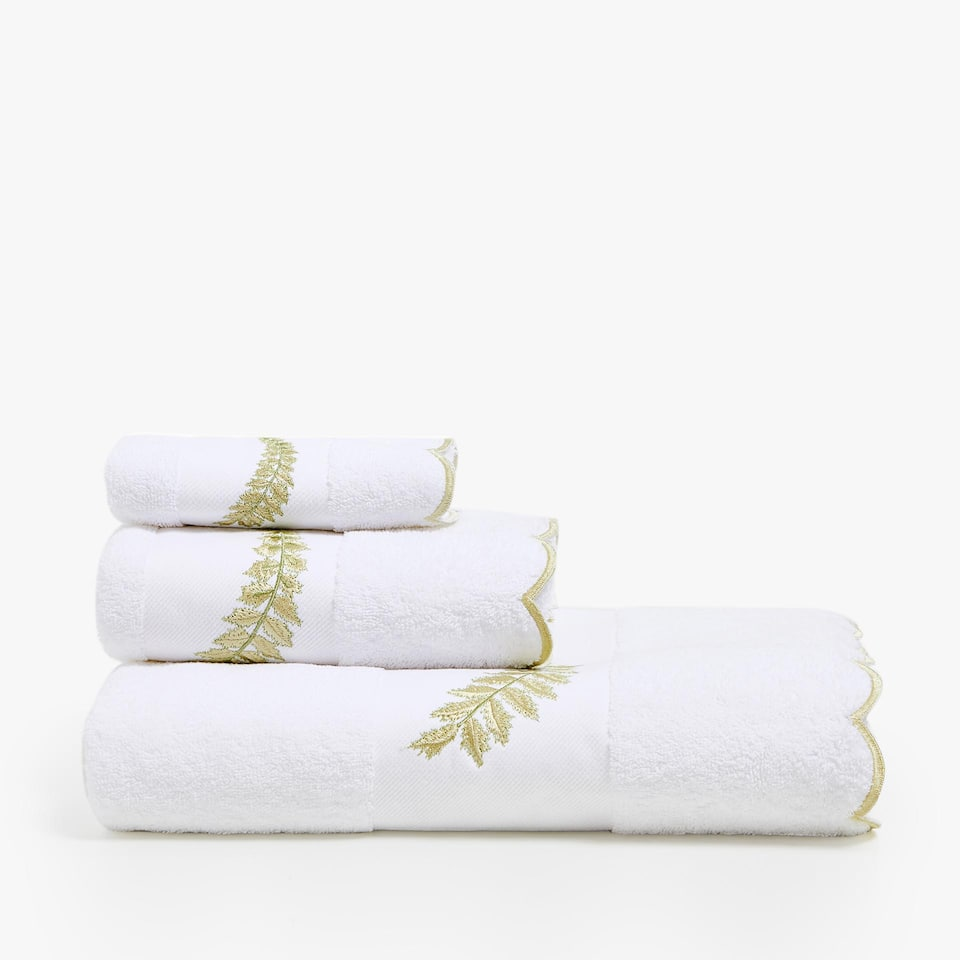 COTTON TOWEL WITH LEAF DETAIL