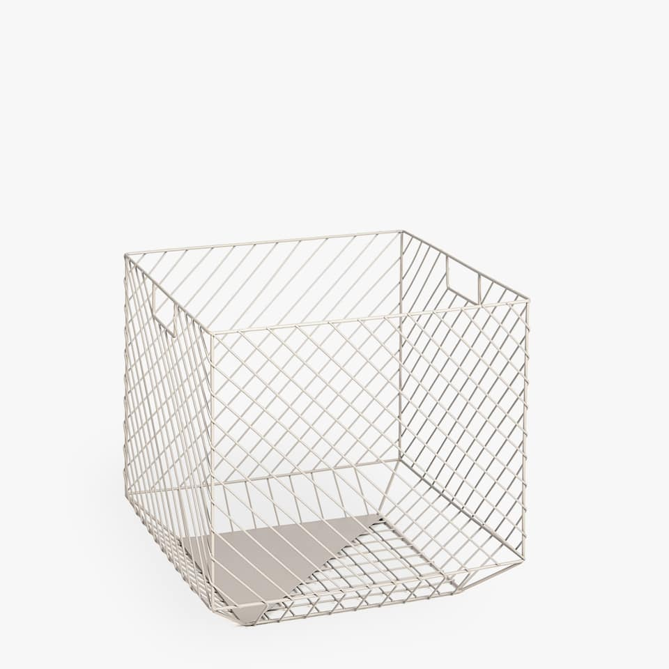 SQUARE METAL BASKET WITH HANDLES