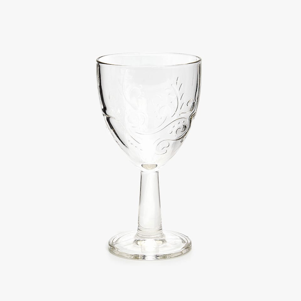 WINE GLASS WITH RAISED FLORAL DESIGN