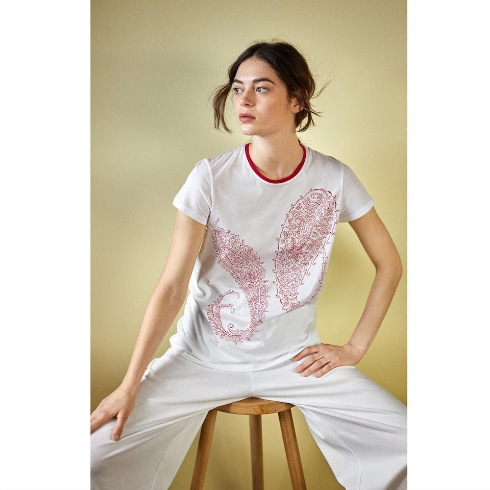 T-SHIRT ESTAMPADO PAISLEY