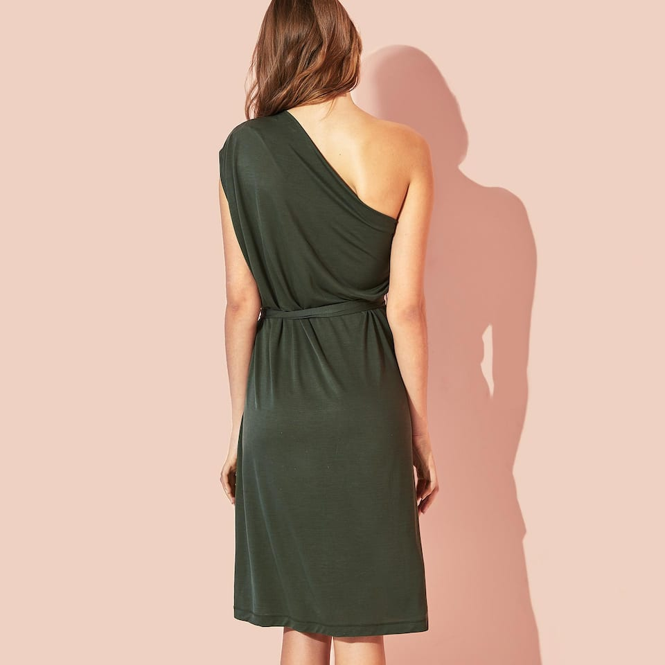 DRESS WITH EXPOSED SHOULDER