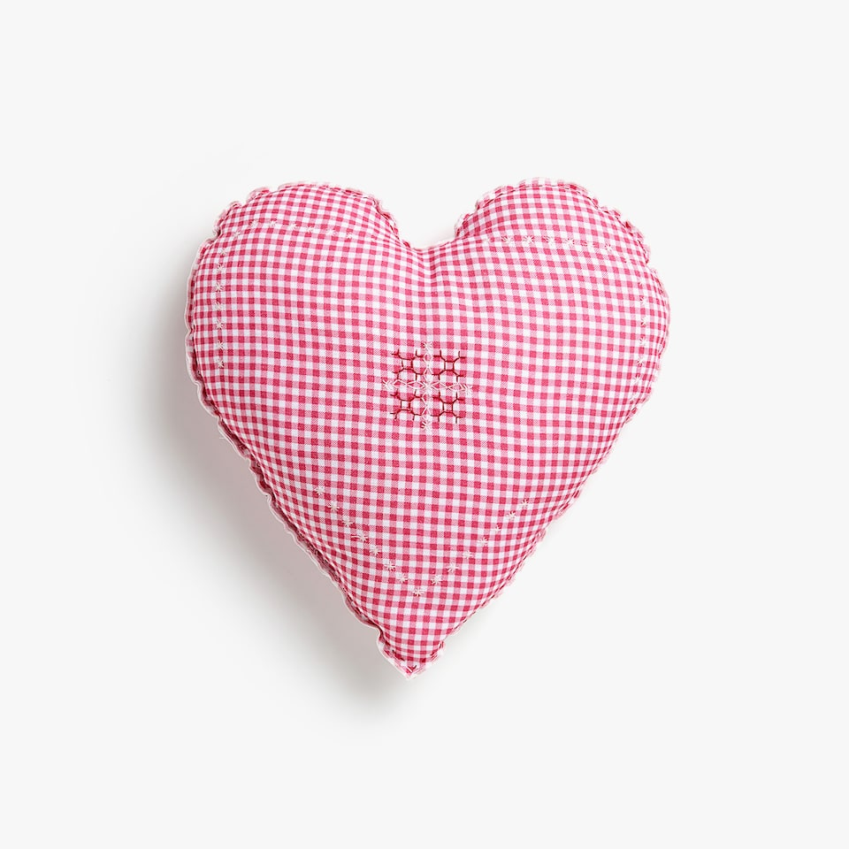 Kids heart-shaped gingham linen cushion