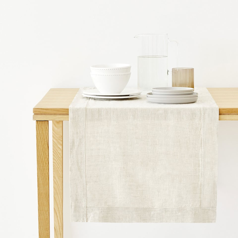 FADED LINEN TABLE RUNNER