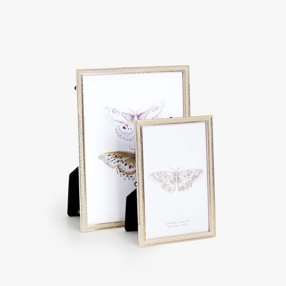 DOUBLE BORDER FRAME WITH BUTTERFLY