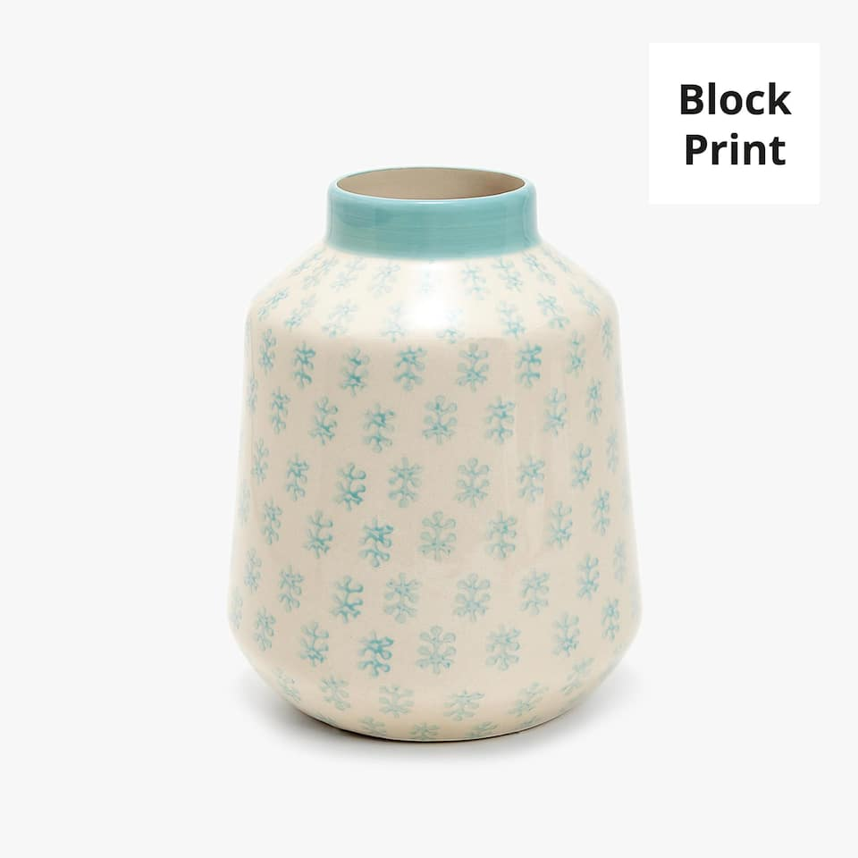 KERAMIKVASE MIT BLOCKPRINT IN BLAU