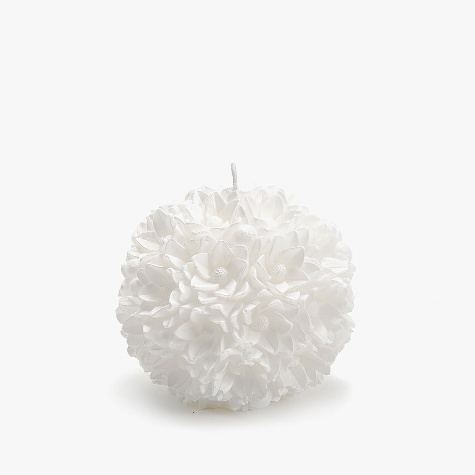 ROUND FLOWER-SHAPED CANDLE