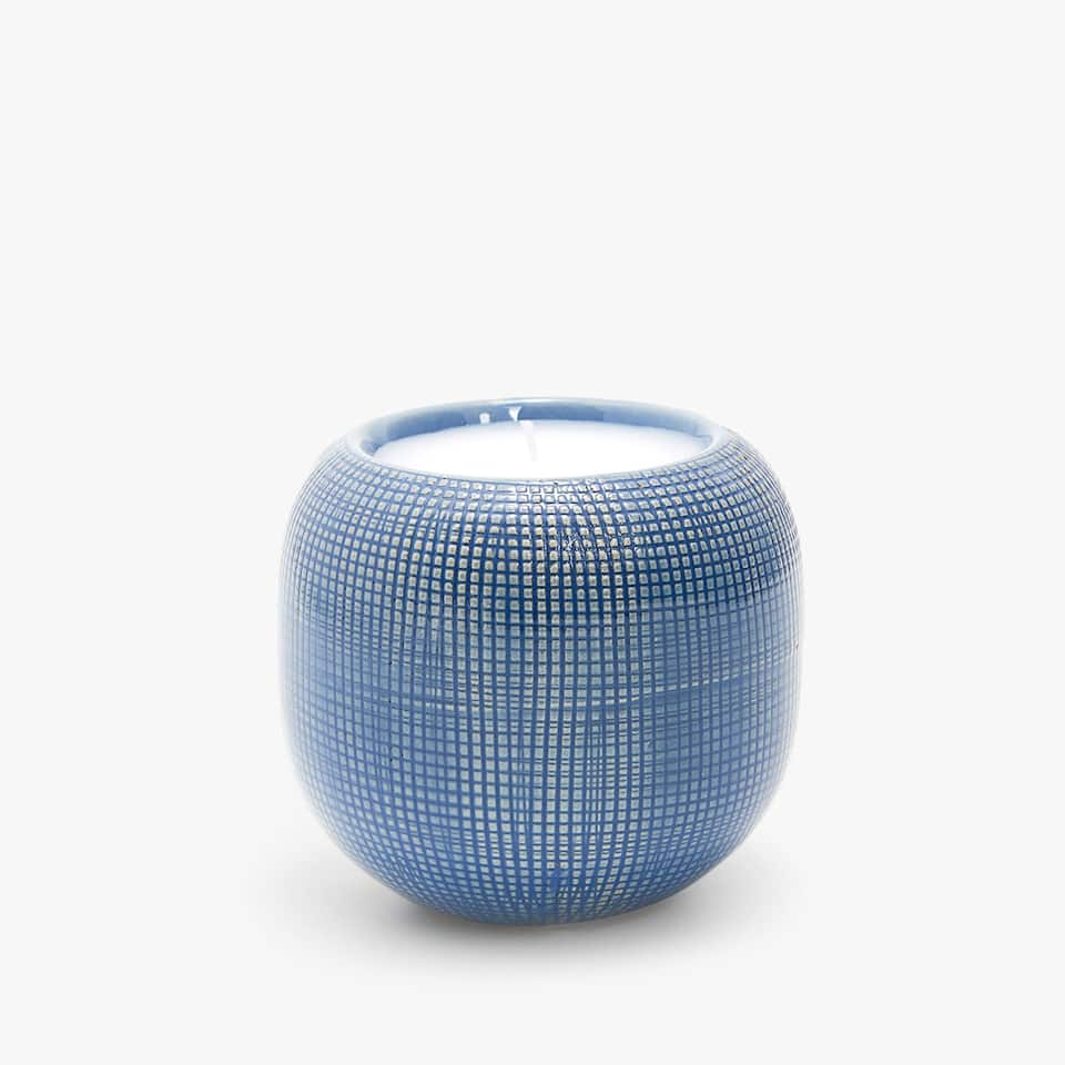 TEXTURED CERAMIC CANDLE HOLDER