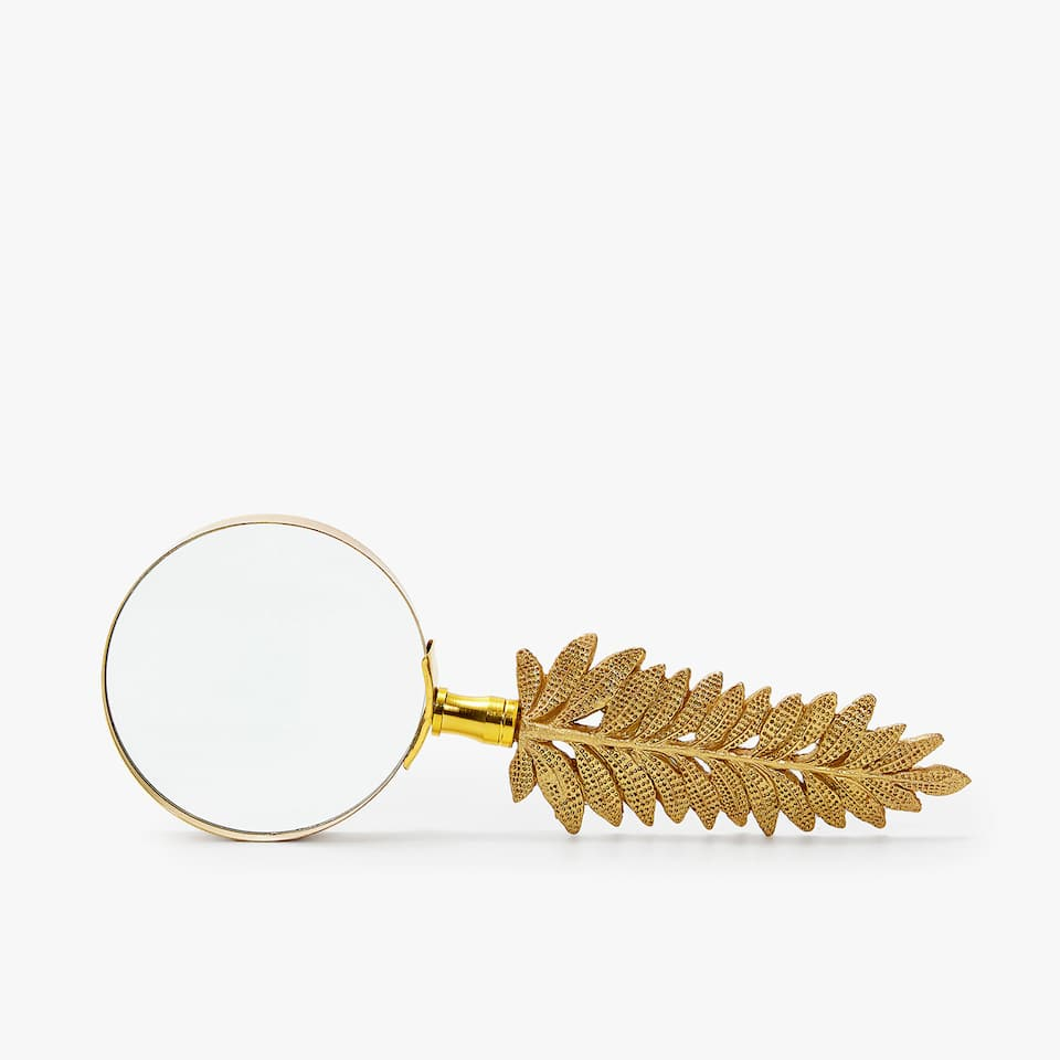 DECORATIVE LEAF MAGNIFYING GLASS