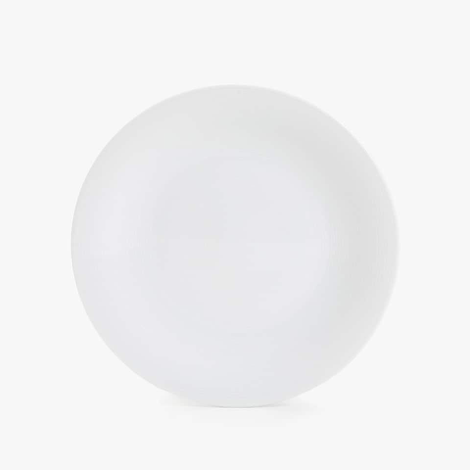 PORCELAIN DINNER PLATE WITH LINES