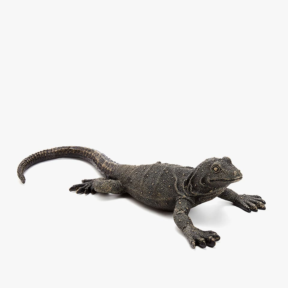DECORATIVE LIZARD FIGURE