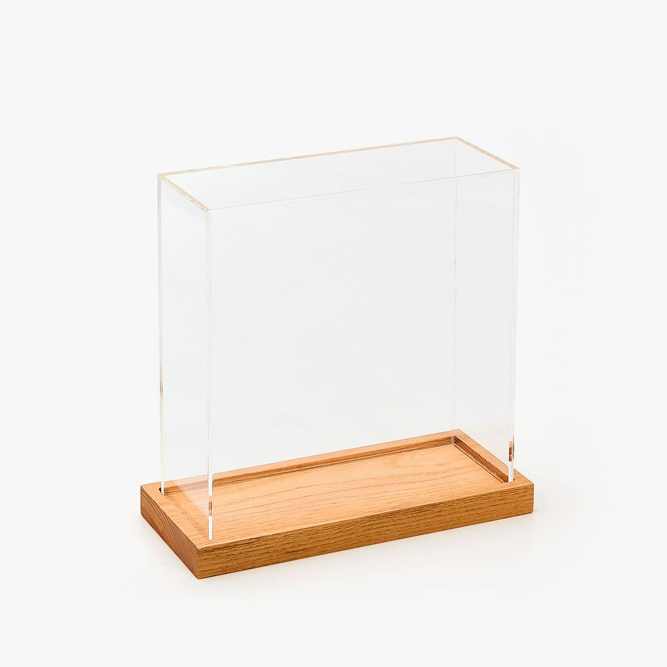 DECORATIVE METHACRYLATE CASE WITH WOODEN BASE