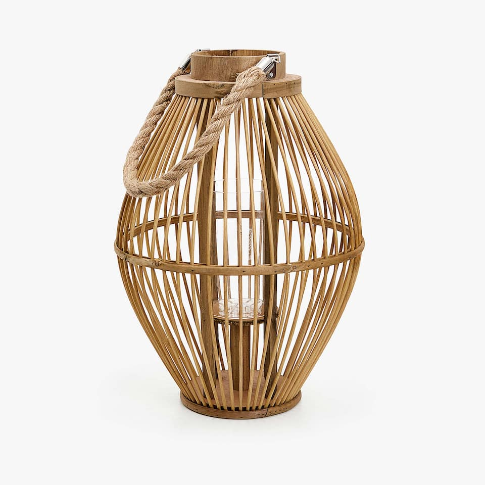 Bamboo lantern with handle