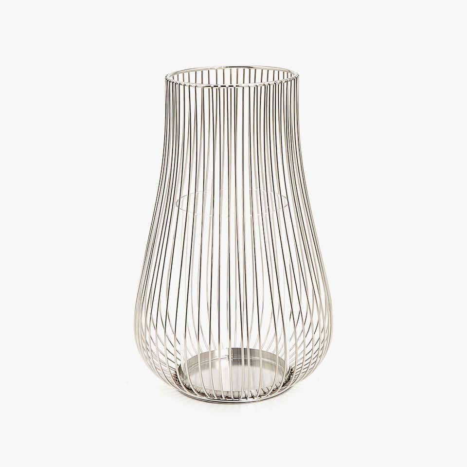 Lantern with silver rods