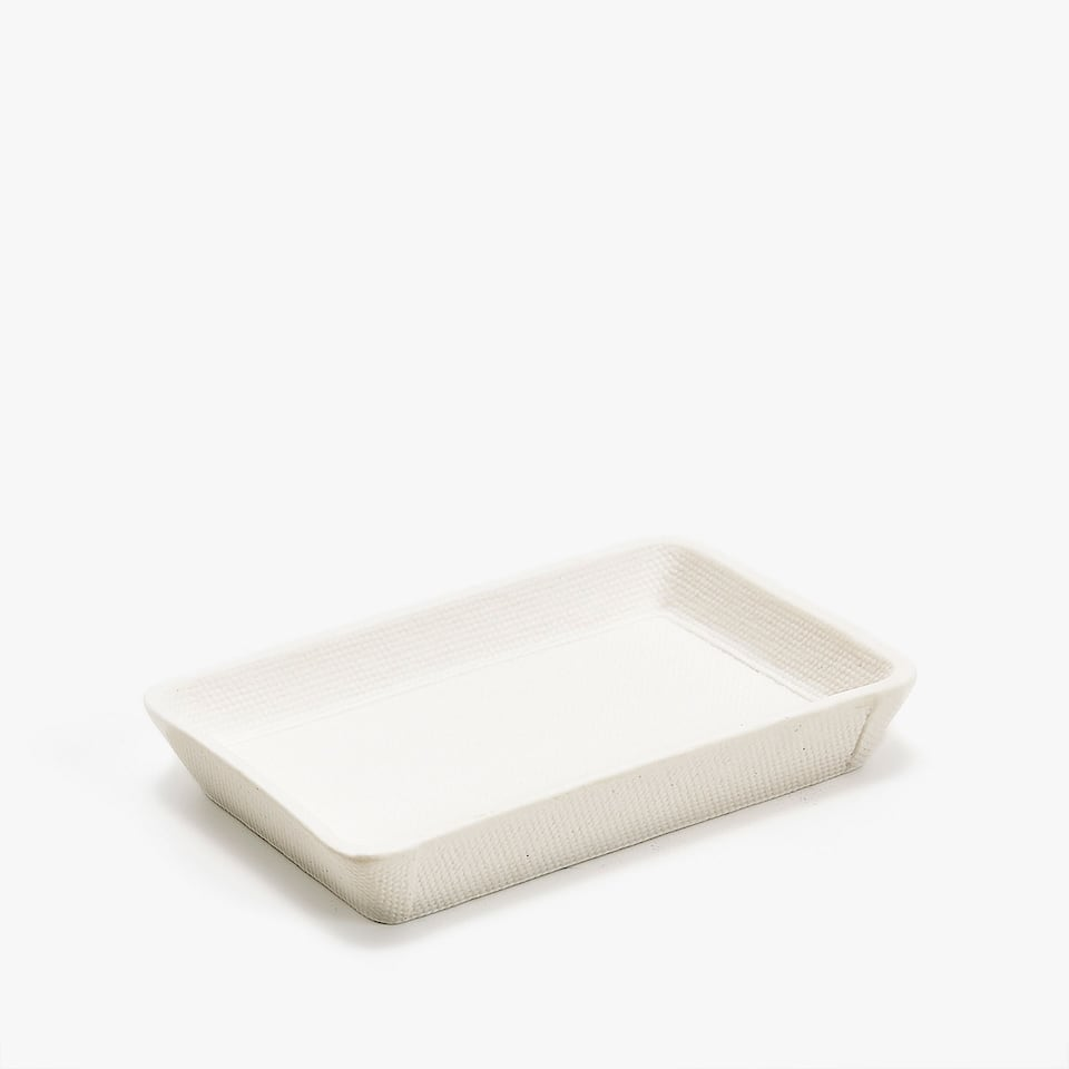 TEXTURED CERAMIC SOAP DISH