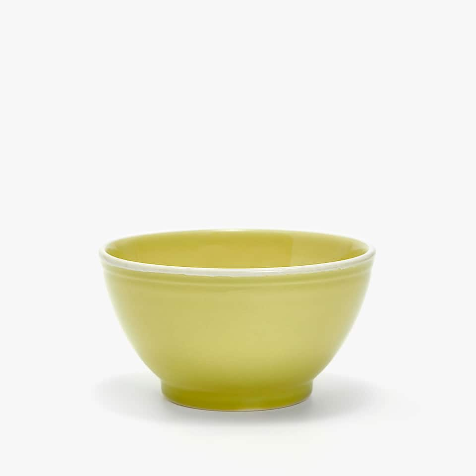 WHITE-RIMMED GREEN EARTHENWARE BOWL