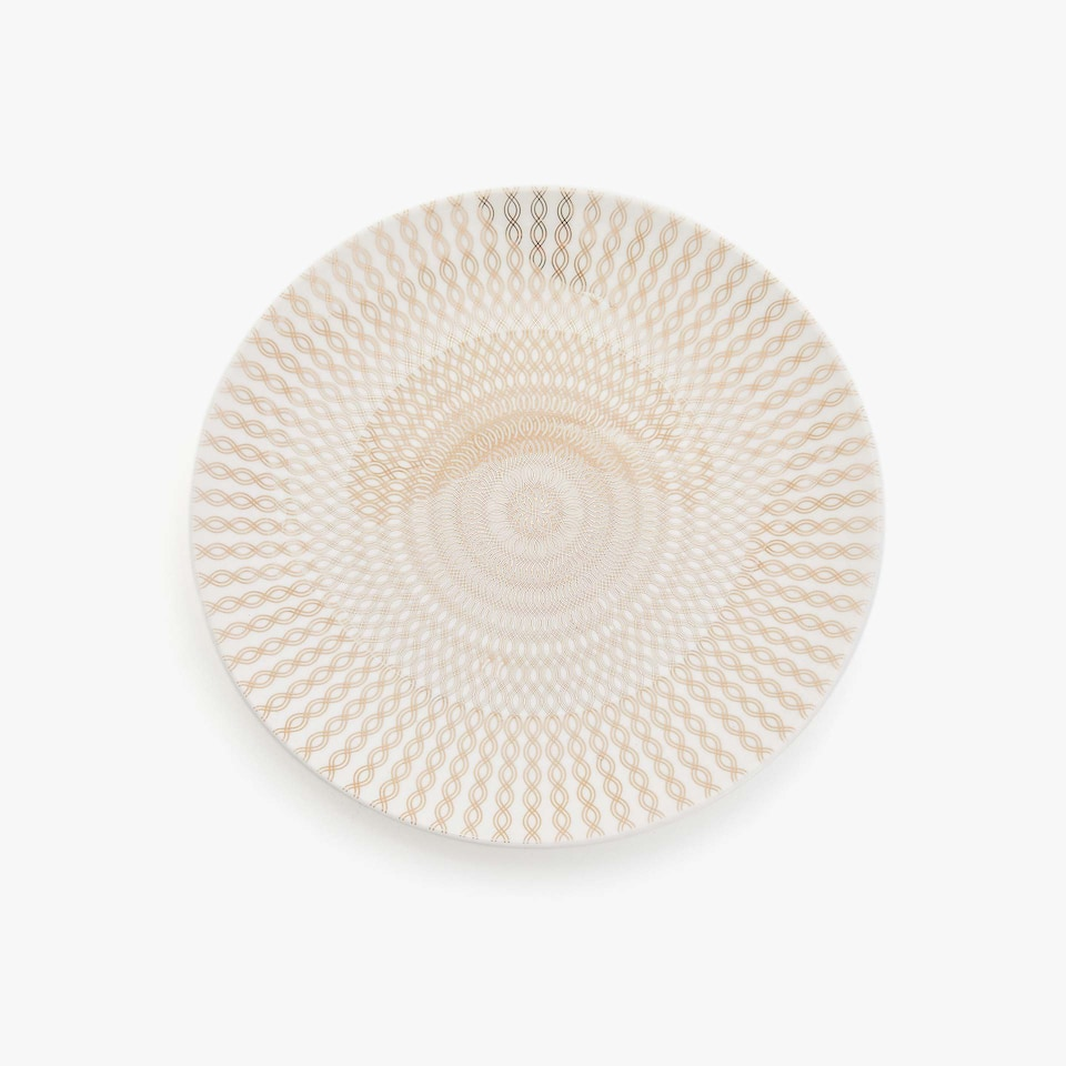 PORCELAIN DESSERT PLATE WITH CONCENTRIC TRANSFER