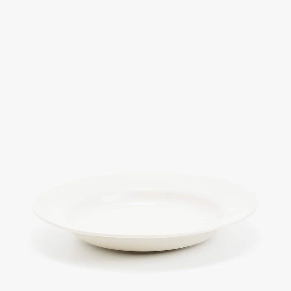 MATTE STONEWARE SOUP PLATE WITH RAISED-DESIGN RIM