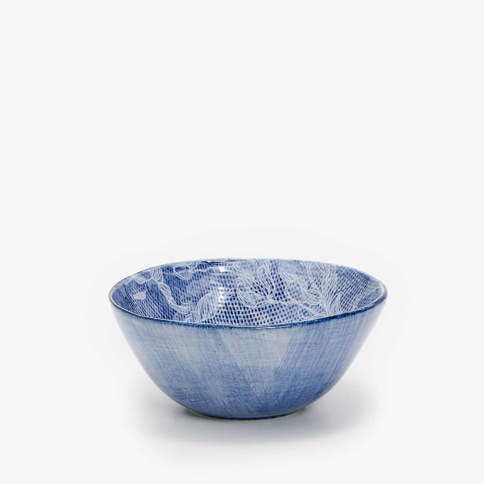 TEXTURED EARTHENWARE BOWL WITH FLOWER TRANSFER