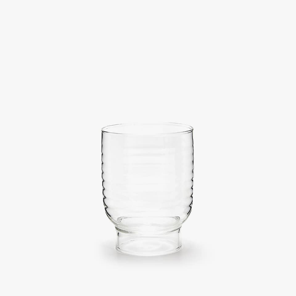 BOROSILIATE GLASS TUMBLER WITH WAVY DETAIL