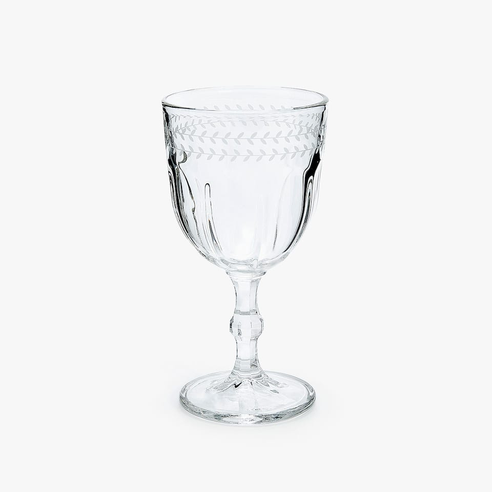 FACETED WINE GLASS WITH BORDER