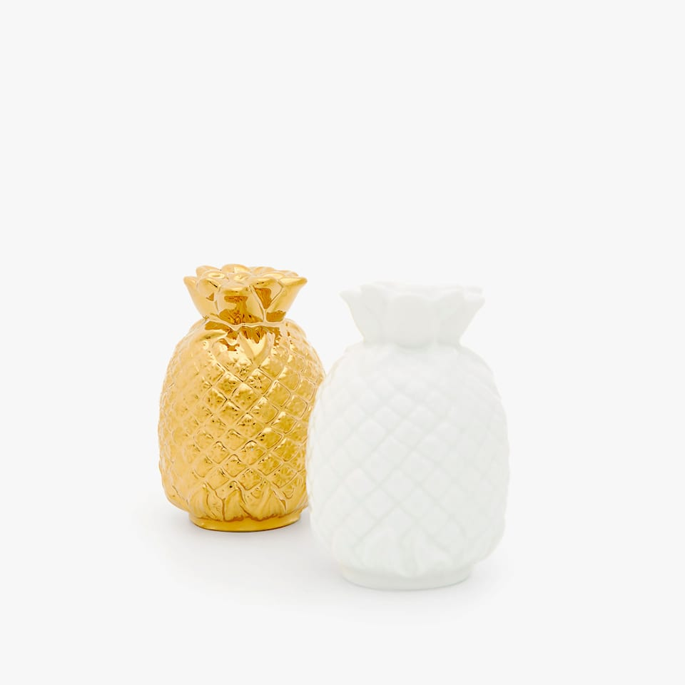 PORCELAIN PINEAPPLE SALT AND PEPPER SHAKER SET