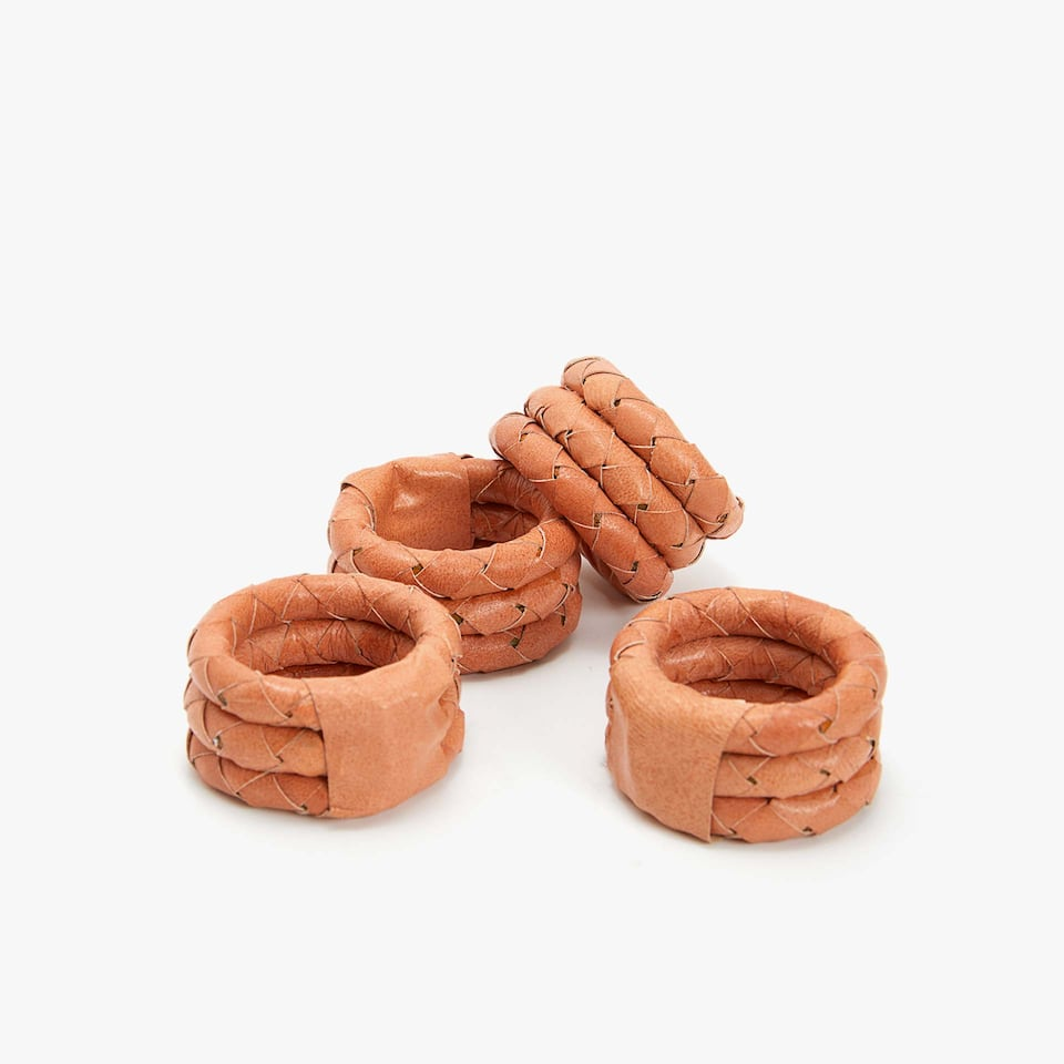 PLAITED LEATHER NAPKIN RING (SET OF 4)
