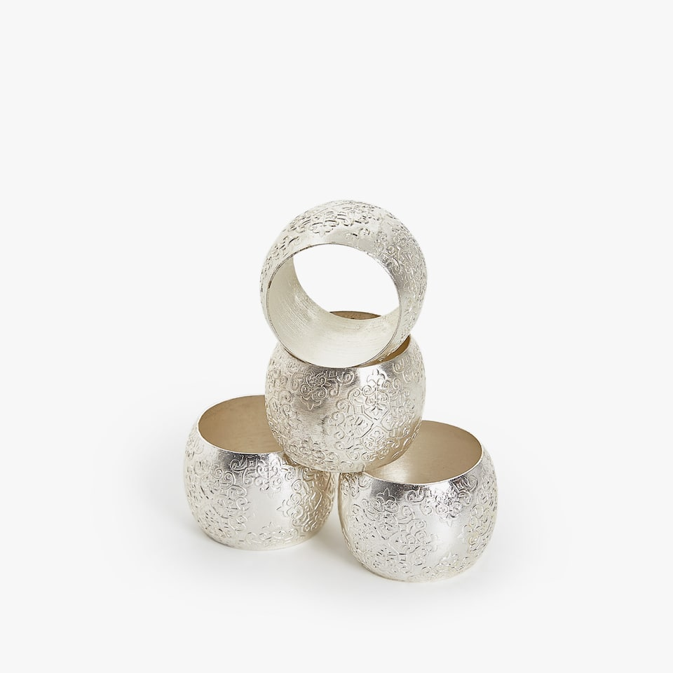 NAPKIN RING WITH RAISED DESIGN (SET OF 4)