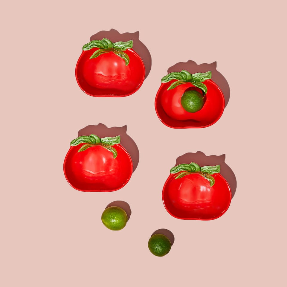 Tomato-shaped bowl