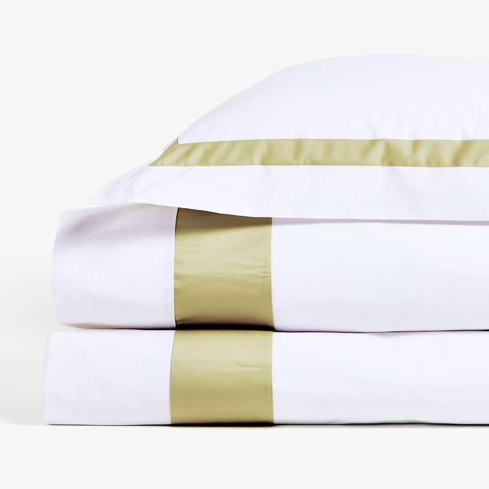 DUVET COVER WITH CONTRASTING RIBBON