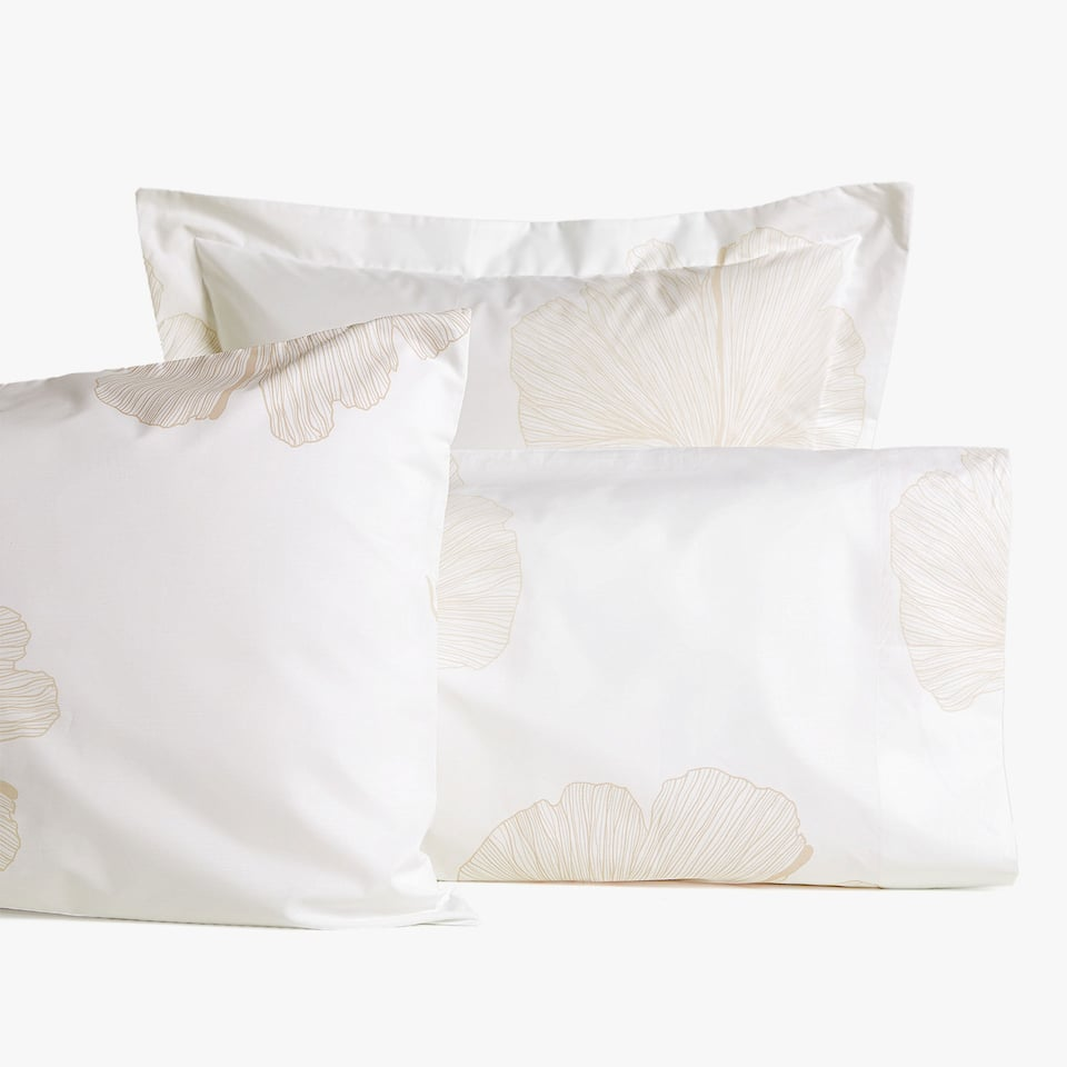 GINKGO LEAF PRINT PILLOWCASE