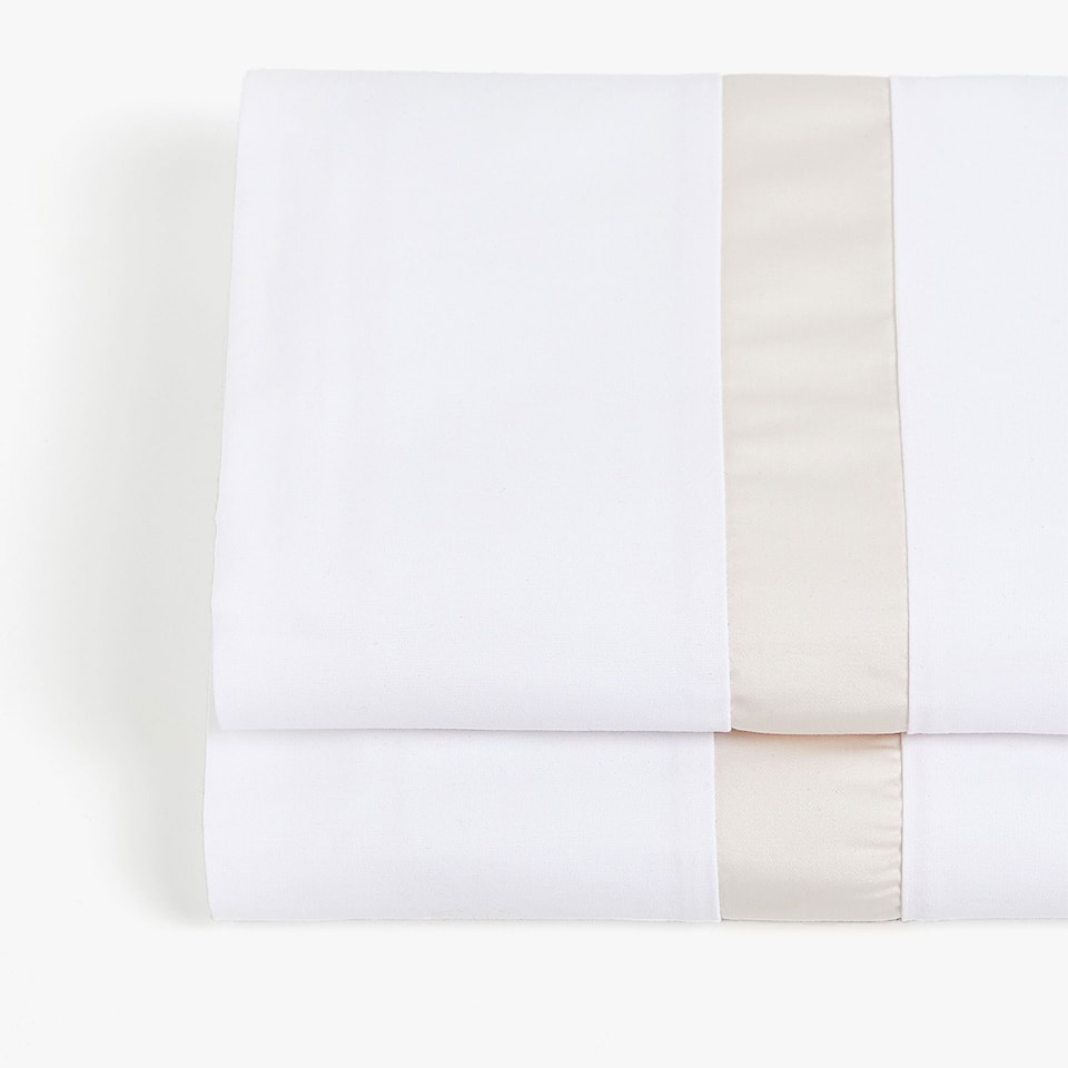 FLAT SHEET WITH CONTRASTING RIBBON