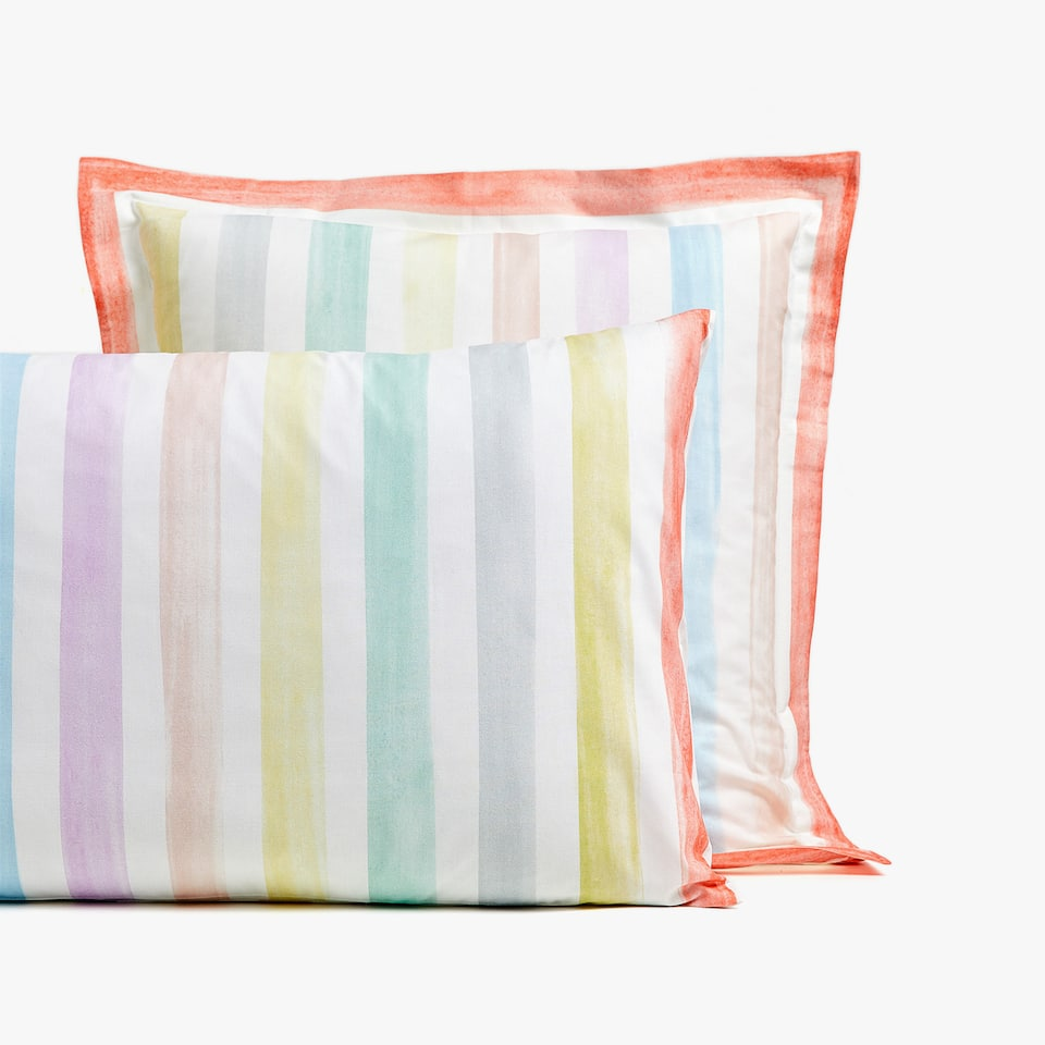 MULTICOLOURED STRIPE PRINT PILLOWCASE