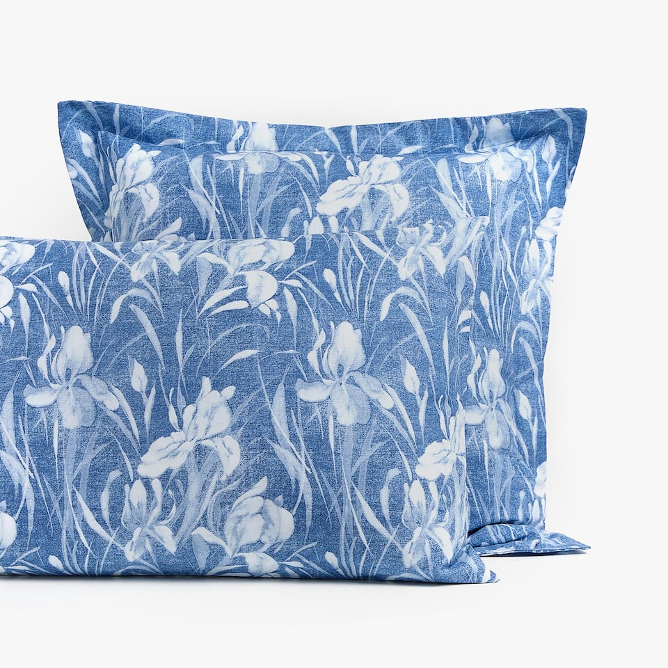 FLOWER DESIGN PILLOWCASE