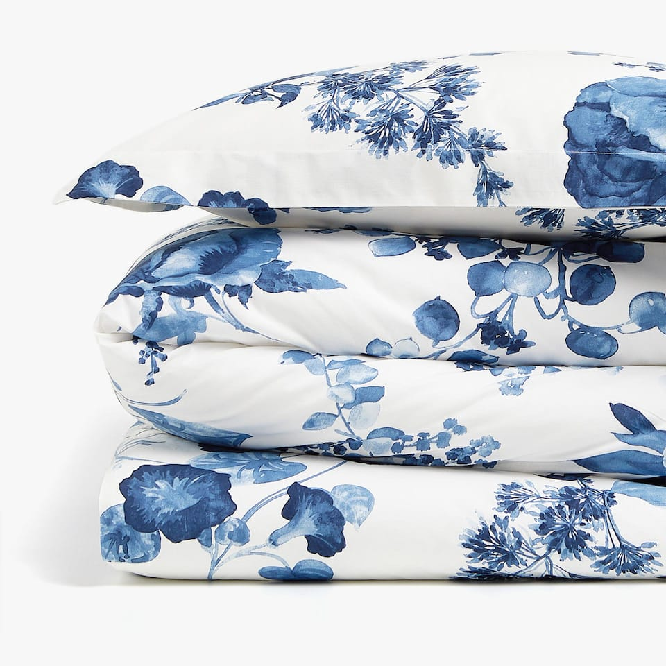 DUVET COVER WITH BLUE WATERCOLOUR FLORAL DESIGN