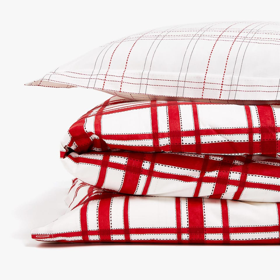 RED CHECKED DUVET COVER