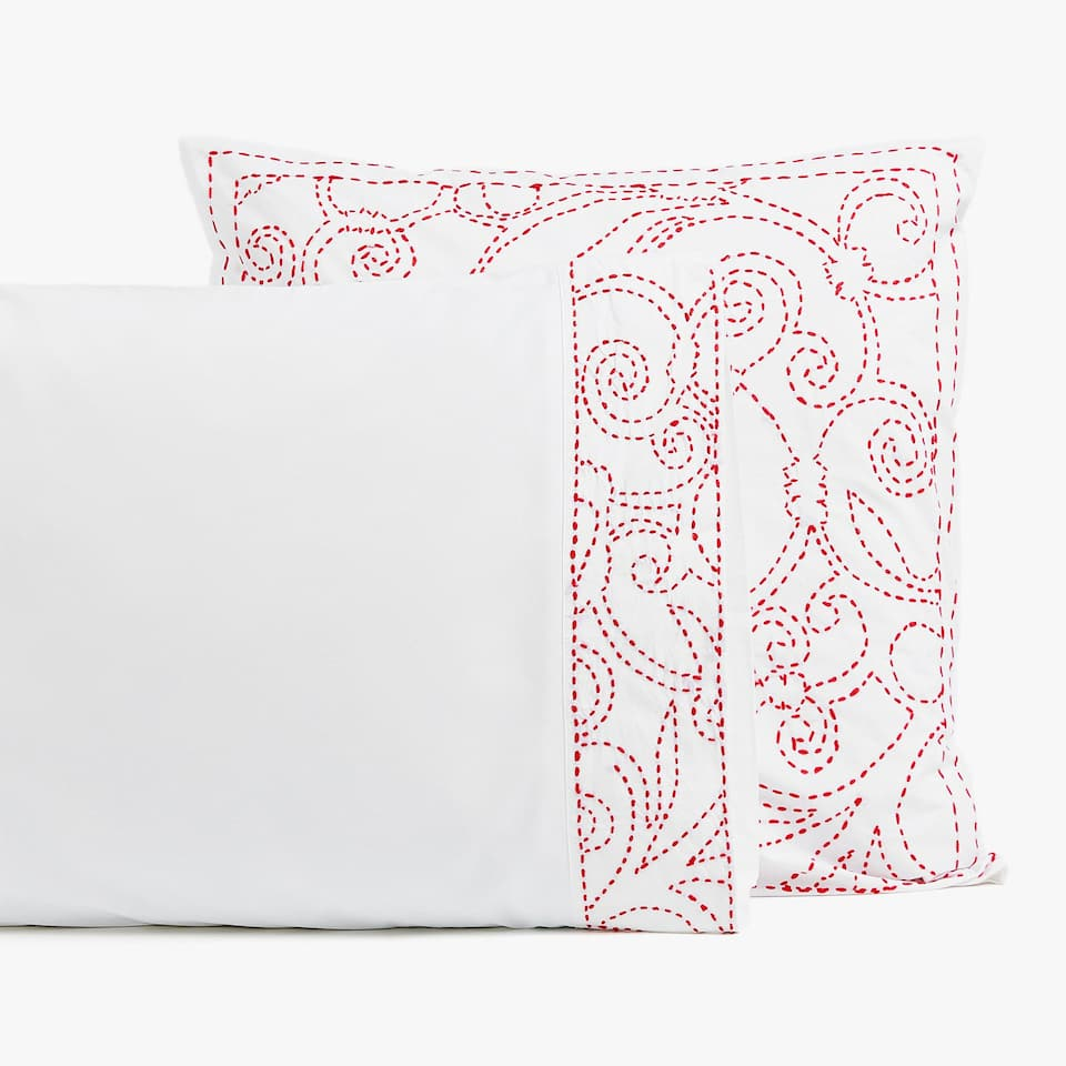 PILLOWCASE WITH EMBROIDERED DESIGN