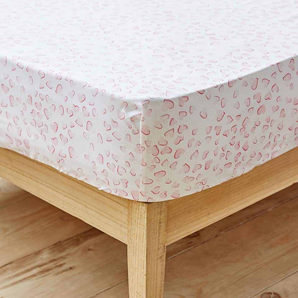 HEART PRINT COTTON PERCALE FITTED SHEET