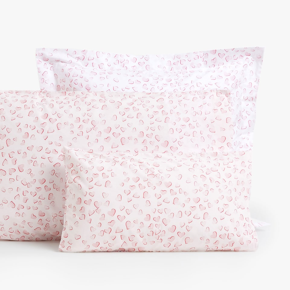 REVERSIBLE HEARTS PERCALE PILLOWCASE