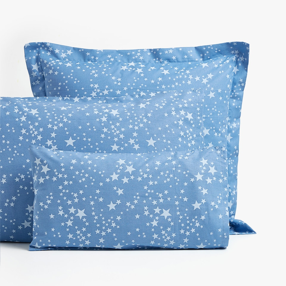 DENIM-EFFECT STAR PRINT PILLOWCASE