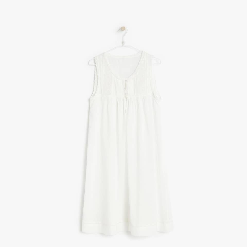 SLEEVELESS RUFFLED COTTON NIGHTGOWN