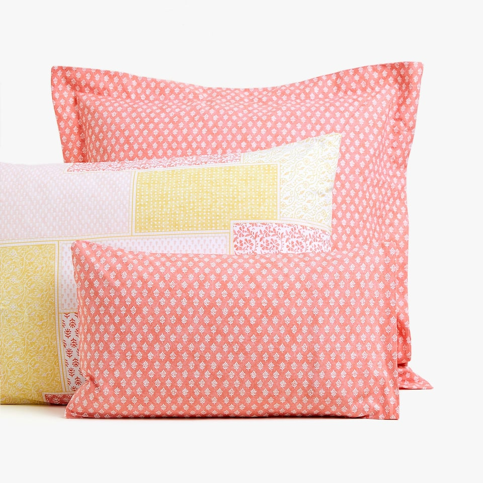 TWO-TONE PILLOWCASE