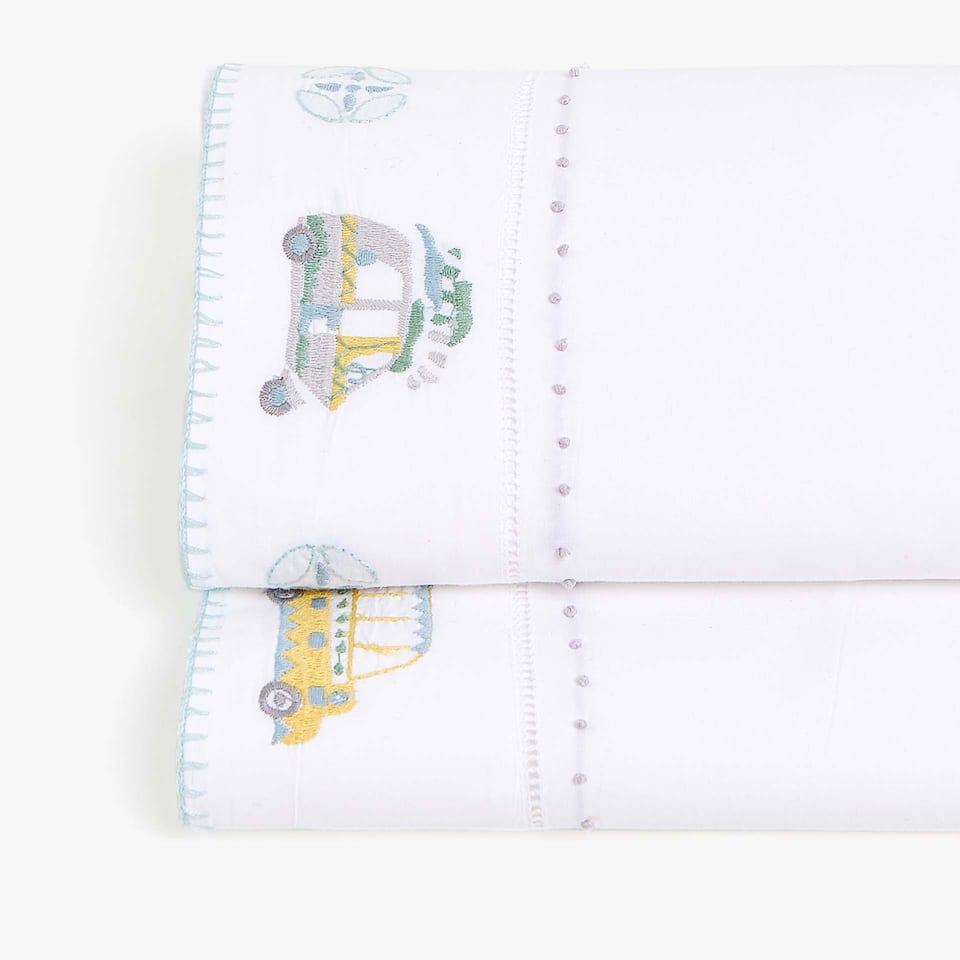 EMBROIDERED CARS PERCALE FLAT SHEET