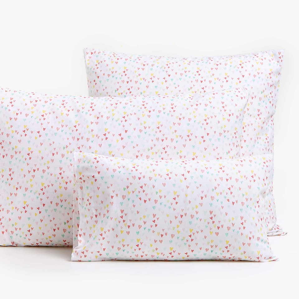 HEART PRINT PILLOWCASE