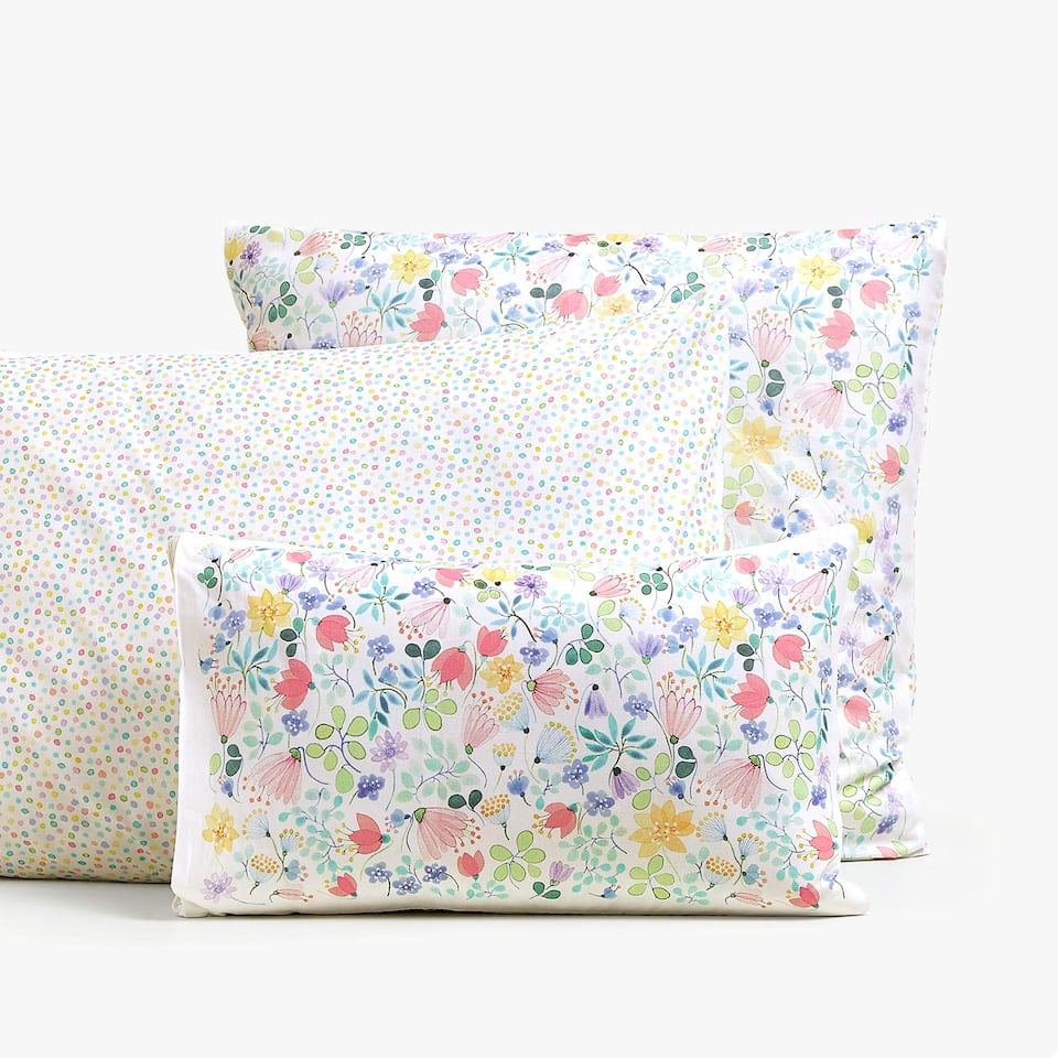 REVERSIBLE FLORAL PRINT PILLOWCASE