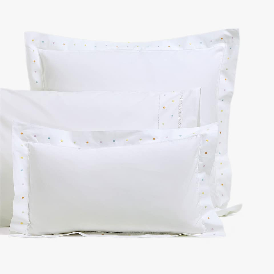 PERCALE PILLOWCASE WITH EMBROIDERED POLKA DOTS
