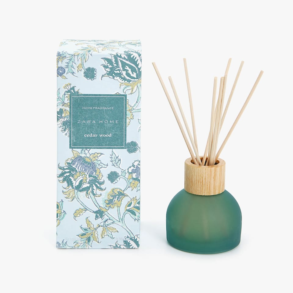 DIFFUSEUR D'AMBIANCE EN STICKS CEDAR WOOD (100 ML)