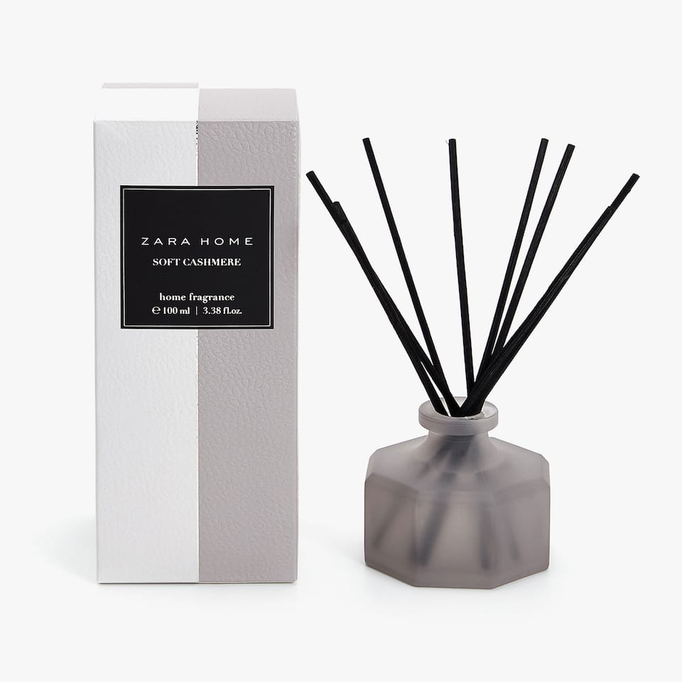 DIFFUSEUR D'AMBIANCE EN STICKS SOFT CASHMERE (100 ML)