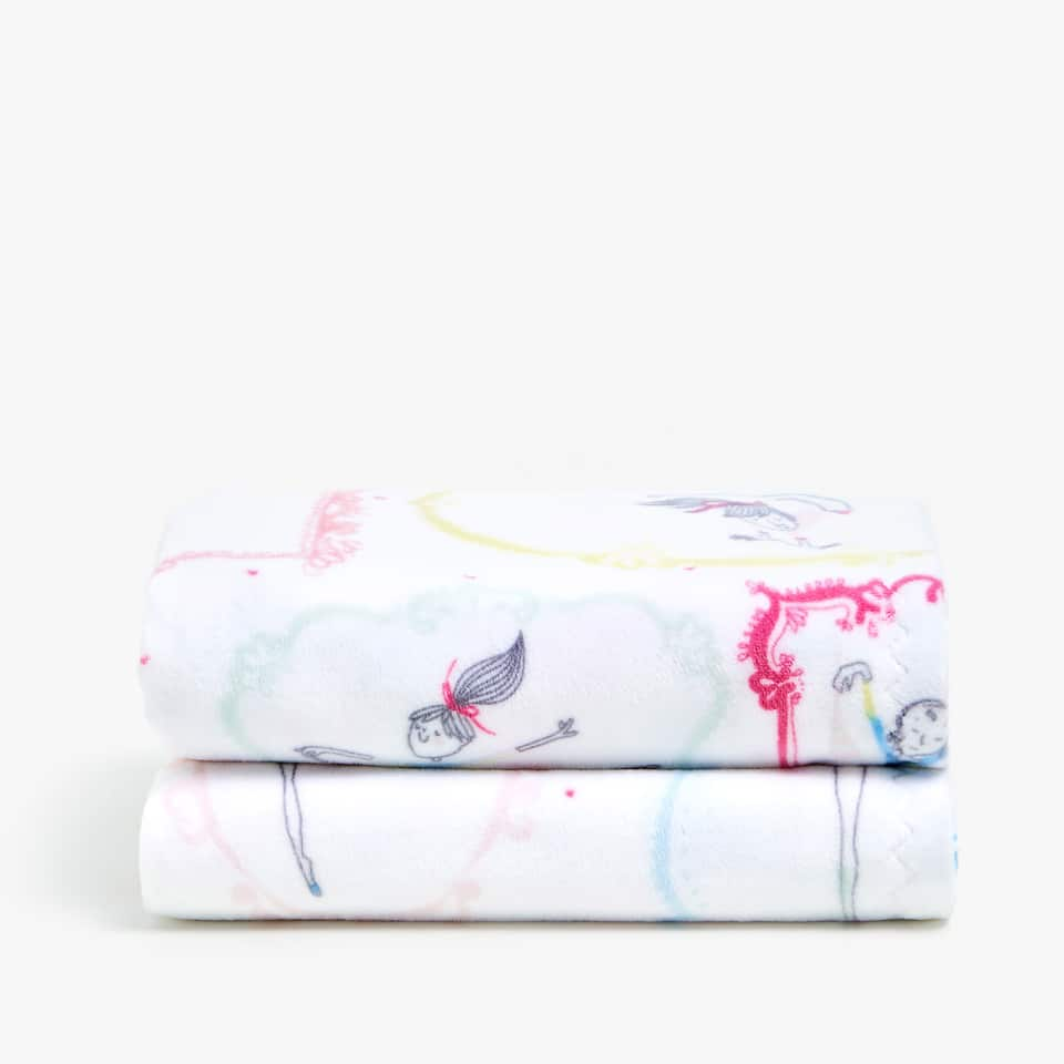 BALLERINAS FLEECE BLANKET